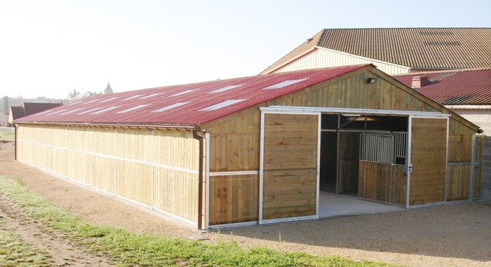 Box cavalli stalle maneggi scuderie cavalli circoli ippici for Box cavalli prefabbricati